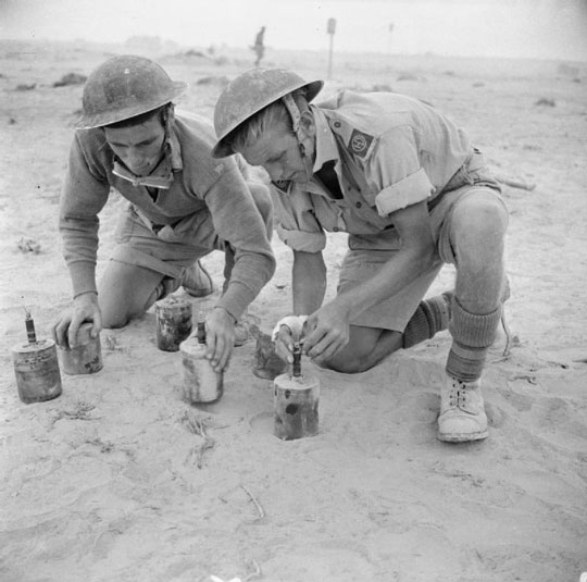 Sappers-S-mines-at-tobruk